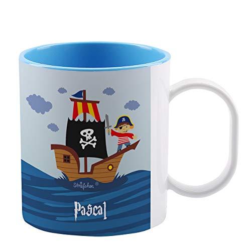 Striefchen® Bruchfeste Kindertasse mit Namen aus Kunststoff in Blau mit Motivauswahl Pirat