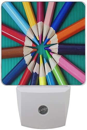 1 paquete de bolígrafo de colores LED Night Light Dusk to Dawn Sensor Plug in Night Home Decor Desk Lamp for Adult
