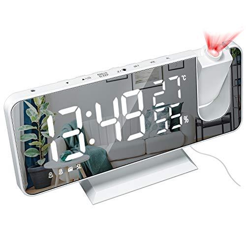 Everpertuk - Reloj despertador digital con proyector de 180°, reloj de mesilla digital LED, radio FM, puerto de carga USB, doble alarma, repetición, termómetro.