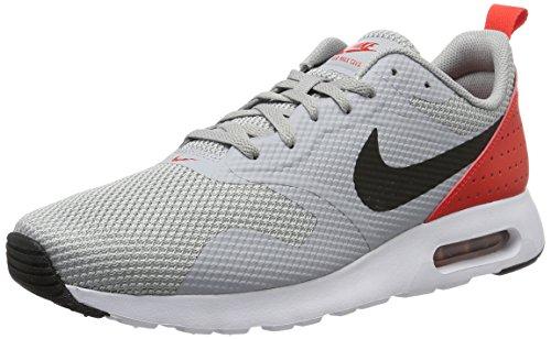 Nike Herren Air Max Tavas Laufschuhe, Grau (Wolf Grey/Black-Max Orange), 45.5 EU