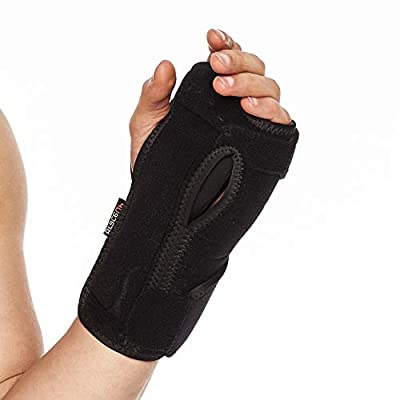 BraceUP Night Sleep Wrist Support Brace, Lightweight Splint with Cushioned Pads for Carpal Tunnel