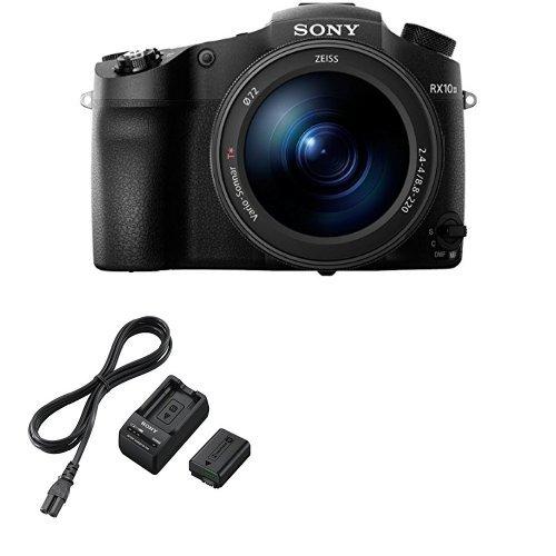 Sony DSC-RX10M3 + Sony ACCTRW.CEE Akku Kit mit BCTRW Ladegerät und NPFW50 W-Serie Li-Akku