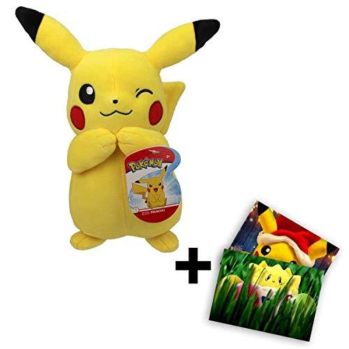 Lively Moments Pokemon Plüschtier ca. 20 cm / Kuscheltier zwinkerndes Pikachu mit Gratis Grußkarte