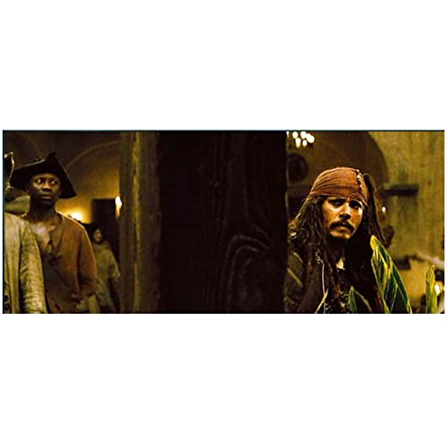 Pirates of the Caribbean: Dead Man's Chest 8 x 10 Photo Captain Jack Sparrow/Johnny Depp Behind Beam Looking Confused kn