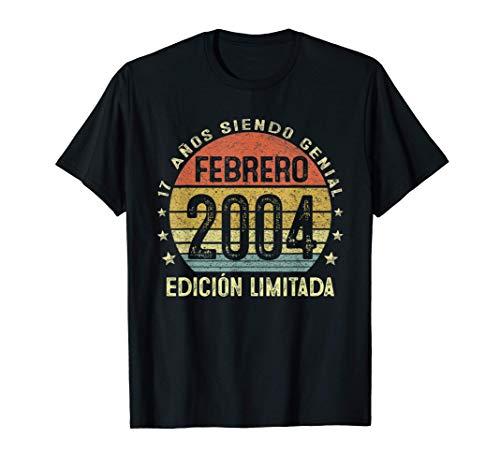 Nacido En Febrero 2004 17 Años Cumpleaños Regalo De 17 Años Camiseta