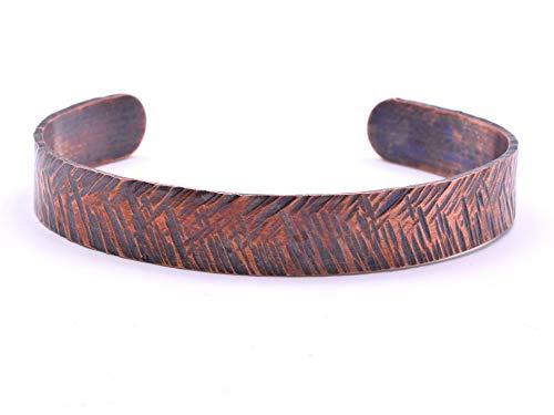 Origin Handgefertigtes traditionelles Kreuz-Armband aus gehämmertem Kupfer.