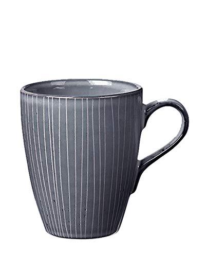 Broste Copenhagen - Becher, Mug, Kaffeebecher XL 'Nordic Sea' - Farbe: blau-grau, Streifen - aus Steingut - 400 ml