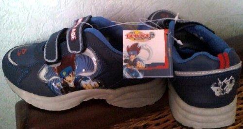 Beyblade Metal Fusion - Zapatos de baloncesto (talla 30)