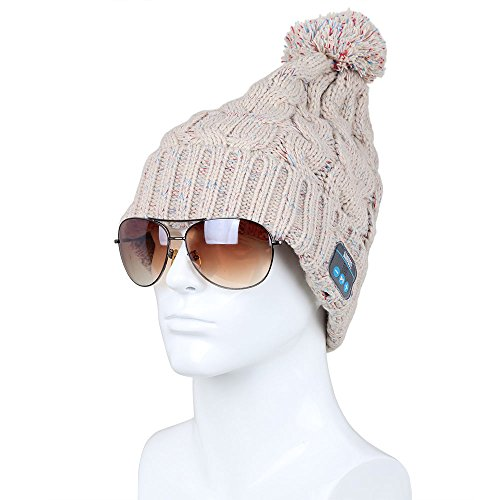 August EPA30 Bluetooth Headphone Cable Knit Hat - Ideal for Gadget Lovers (Beige)