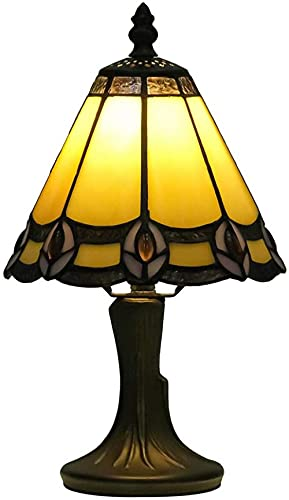 Estilo de arte retro clásico Plumas de pavo real vintage Pantalla de lámpara de vitral con base de bronce de aleación de aluminio para sala de estar Dormitorio Estudio Lámpara de barra de café