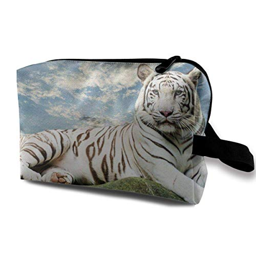 Hdadwy Majestic Tiger Resting On A Rock with Cloudy Sky Cosmetic Bag Makeup Bags for Women,Travel Makeup Bags Roomy Toiletry Bag Accessories Organizer with Zipper
