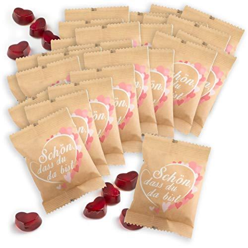"""WeddingTree Fruchtgummiherzen """"Schön, dass du da bist"""" 25 x 10g in kleinen päckchen mit Kraftpapier - perfekt als Gastgeschenke Geburtstag, als Hochzeitsdeko Vintage oder Gästegeschenke Taufe"""