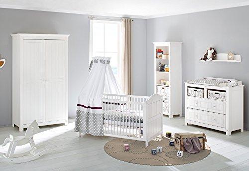 Pinolino Kinderzimmer Nina breit, 3-teilig, Kinderbett (140 x 70 cm), breite Wickelkommode mit Wickelansatz und Kleiderschrank, Fichte massiv, weiß lasiert (Art.-Nr. 10 16 17B)