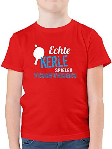 Sport Kind - Echte Kerle Spielen Tischtennis - 140 (9/11 Jahre) - Rot - Kurzarm - F130K - Kinder Tshirts und T-Shirt für Jungen