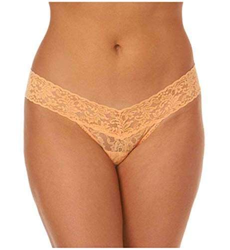 Product Image of the hanky panky Women's Signature Lace Low Rise Thong, Allure, Pink, One Size