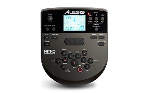 Alesis Nitro Kit Batteria Elettronica Completa con 8 Pad, 385 Suoni, 40 Kit, Rullante Bi-Zona, Bacchette, 60 Canzoni di Accompagnamento, Uscita MIDI