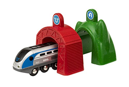 BRIO Bahn 33834 - Smart Tech Zug mit Action Tunnels