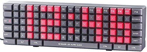Lunartec Digitale Wanduhr: Jumbo-LED-Wand- & Tischuhr im Tastatur-Design, Weck-Funktion (LED Tischuhr der Blickfang)