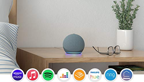 Nuovo Echo Dot (4ª generazione) - Ceruleo + Amazon Smart Plug (presa intelligente con connettività Wi-Fi), compatibile con Alexa