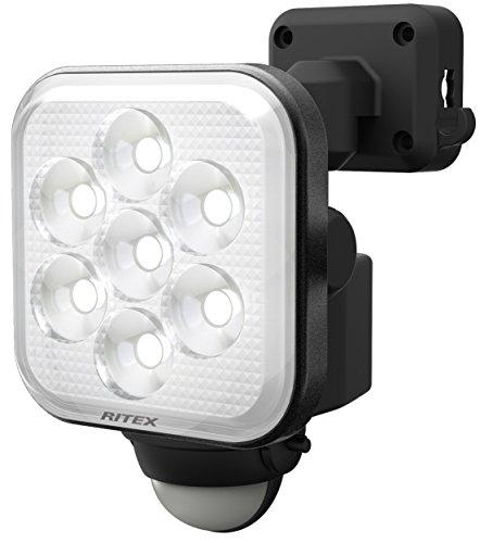 ムサシ RITEX フリーアーム式LEDセンサーライト(8W×1灯) 「コンセント式」 防雨型 LED-AC1008