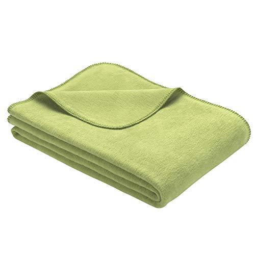 Ibena Bergamo Baumwolldecke 150x200 cm - Kuscheldecke grün einfarbig aus Biobaumwolle, hochwertige Markenqualität Made in Germany