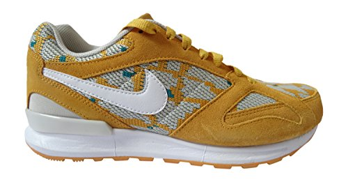 Nike Air Pegasus New Racer PA, Scarpe da Running Uomo, Giallo Oro/Bianco/Verde Smeraldo (Amarillo Blanco Verde Canyon Gold White Rdnt Emerald), 44 EU