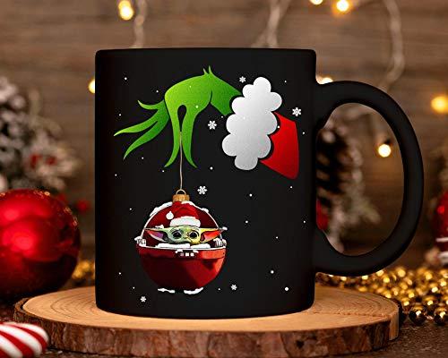 CICIDI Grinch Hand Take Baby Yoda Christmas 2020 Taza de Grinch Lover Taza de café de cerámica Yoda Santa Hat, regalo de Navidad para hombres mujeres 11 oz
