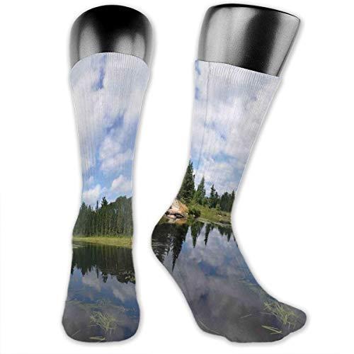 Preisvergleich Produktbild vnsukdlfg Compression Medium Calf Socks, Landscape Of Wild Virgin Nature Of Thick Forests And Cloud Reflections On River