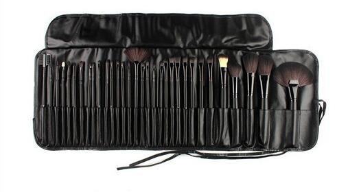 Ensemble de 32 pinceaux de maquillage professionnels Kabuki de SF-World - Avec étui - Coloris : noir