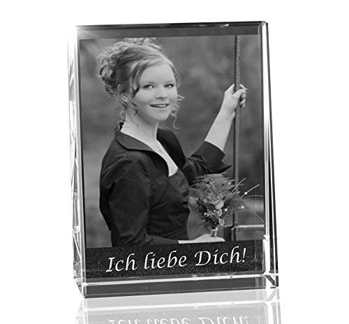 VIP-LASER 2D Gravur Glas Kristall Flachglas selbststehend Hochformat mit dem Foto Deiner Freundin. Dein Wunschfoto für die Ewigkeit Mitten in Glas! Groesse L = 80x60x24mm