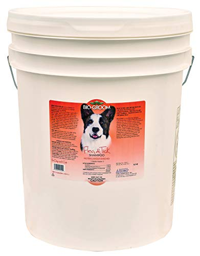 Bio-Groom Flea and Tick Dog/Cat Conditioning Shampoo, 5-Gallon