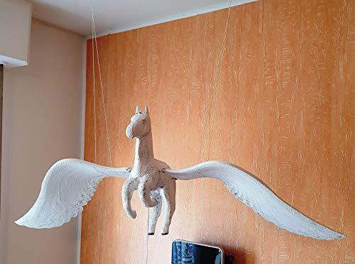 Schwingtier Pegasos (fliegendes Pferd), Handarbeit