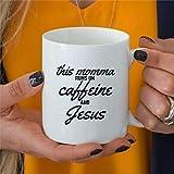 Taza de café con texto en inglés 'This Momma Runs On Cafeína' y Jesús, regalo para el día de la madre, taza de café de cerámica, ideal para mamá, regalo para mamá, taza favorita de 325 ml bq179