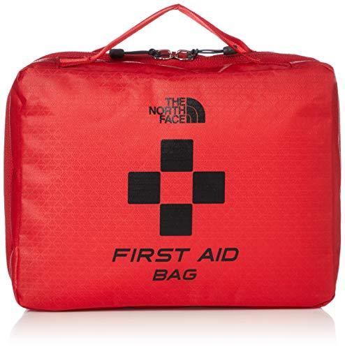 生地にコーティングを施し、丈夫で傷や汚れに強く作られた大容量のバッグです。ファスナーは2つ付いていて、どこからでもストレスなく開けられます。