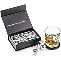 Exclusivo Whisky Piedras Set de Regalo de Acero Inoxidable - Alta Tecnología de Refrigeración - Whisky Stones Gift Set - 8 Reutilizables Cubitos de Hielo para Whisky con Posavasos + Pinzas by Amerigo