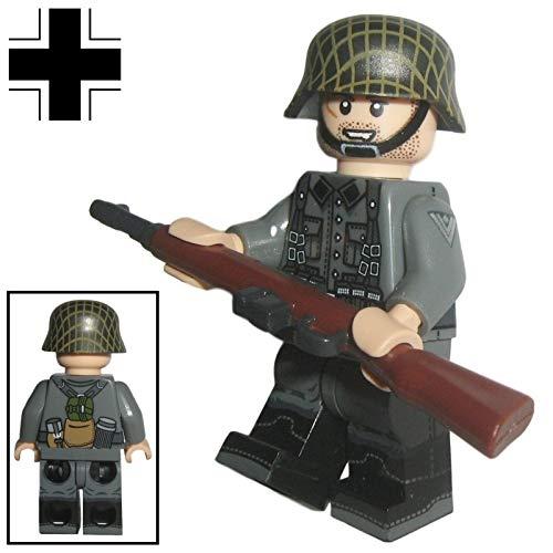 Custom Brick Design - WW2 Serie - Deutscher Soldat V.2 Figur - modifizierte Minifigur des bekannten Klemmbausteinherstellers & somit voll kompatibel zu Lego