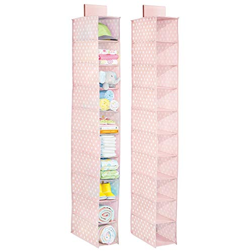 mDesign 2er-Set hängender Stoffschrank – mit zehn Fächern – der ideale Hängeschrank aus Stoff mit Pünktchen-Muster – perfekt als Hängeregal für das Kinderzimmer – rosa/weiß