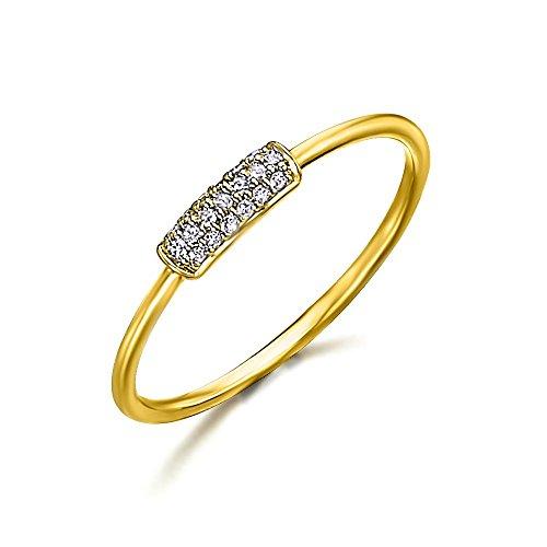 Anillo con una pequeña barra con diamantes incrustados con un peso total de 0,07 quilates. Fabricado en Oro 18kt, de LECARRÉ JOYAS.