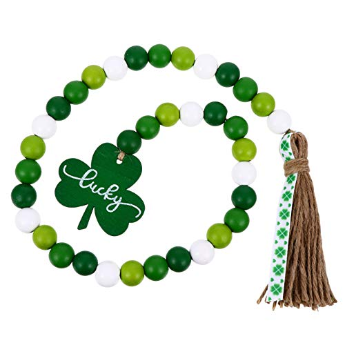 Amosfun St. Patricks Day Wood Beads Garland Green Shamrock Clover Tassel Pendant Farmhouse Rustic Beads Hanging Ornaments for Wall Hanging Home Decoration