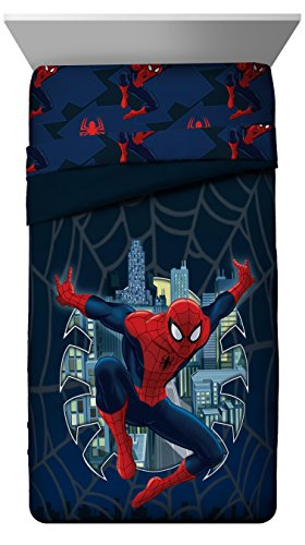 Marvel Spider Man Saving the Day Twin/Full Comforter - Super Soft Kids Reversible Bedding features Spiderman - Fade Resistant Polyester Microfiber Fill (Official Marvel Product)