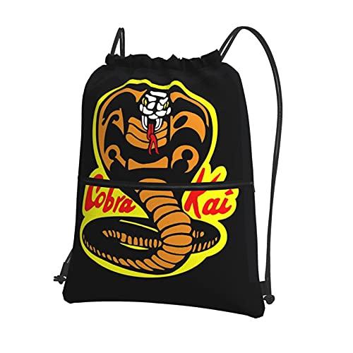 Cobra Kai Logo Karate Mochila deportiva con cordón para mujer, bolsa de gimnasio, bolsa de natación grande con cremallera y bolsillos de malla, bolsa de polietileno, unisex