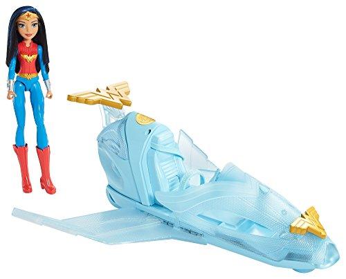 Jet invisible Wonder Woman