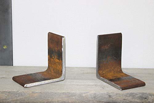Zware metalen boekensteunen roest
