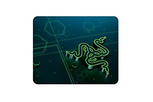 Razer Goliathus Mobile - Extra dünne weiche Gaming Maus-Matte für unterwegs (Kompaktes Mousepad mit reibungsfreier Stoff-Oberfläche, gesteppter Rand, rutschfest, optimiert für alle Mäuse, abwischbar)