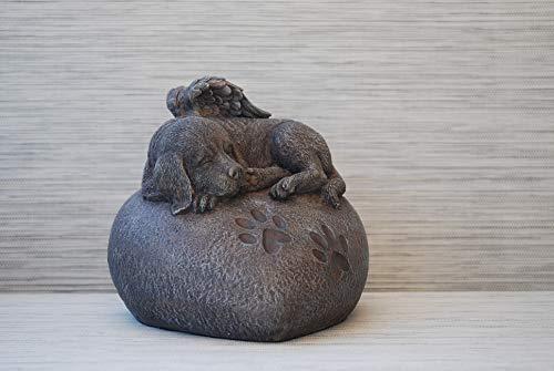 Hunde Urne grau als Hunde-Engelfigur auf Herz, Tierurne