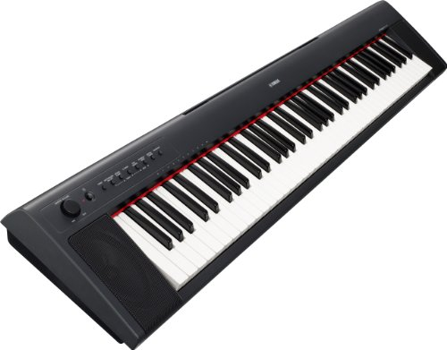Yamaha Piaggero NP31 76-Key Lightweight Compact Portable Keyboard