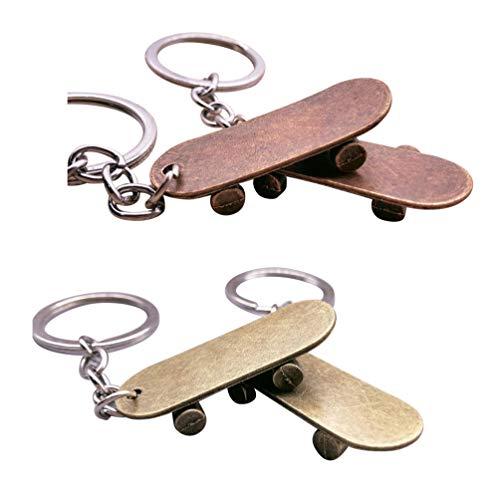 Toyvian Schlüsselbund   Mini Skateboard Form Schlüsselring Anhänger 4St