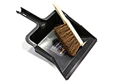 GARDEN DUSTPAN AND BRUSH TOOL SET - Sweeping up in your yard and garden has never been so easy! Keep your paths, driveways and outdoor areas tidy with the dustpan and brush set. STRONG OUTDOOR DUST PAN SET - Indoor dustpan and brush sets just aren't ...