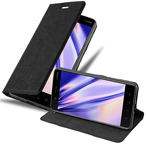 Cadorabo Hülle für Nokia 8 2017 in Nacht SCHWARZ - Handyhülle mit Magnetverschluss, Standfunktion & Kartenfach - Hülle Cover Schutzhülle Etui Tasche Book Klapp Style