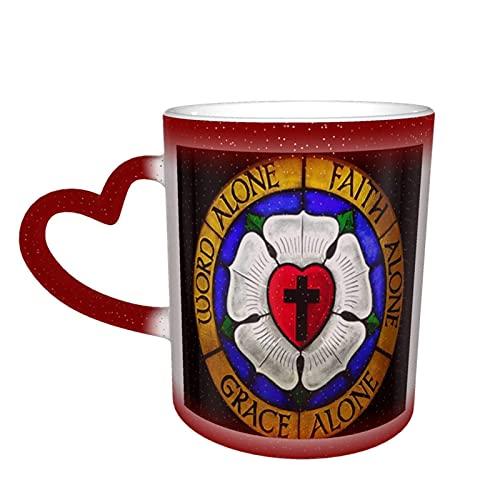 Taza de café con diseño de rosas luteranas de corazón de cerámica sensible al calor, taza cambiante de color en el cielo regalo de cumpleaños para él regalos para ella